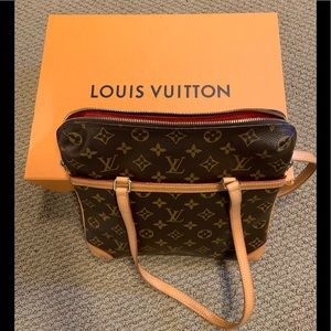 Louis Vuitton sac coussin